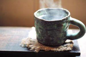 温かいコーヒー